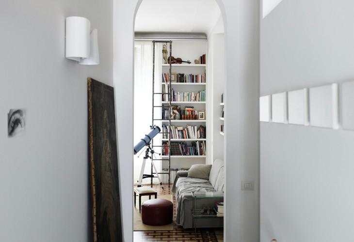 Anticamera Cactus Milan apartment 05