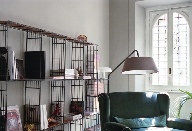 anticamera seppia milano apartment 11