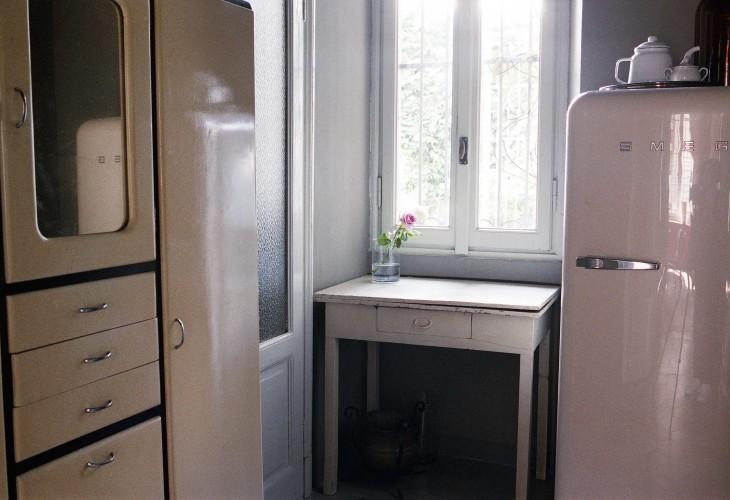 anticamera seppia milano apartment 13