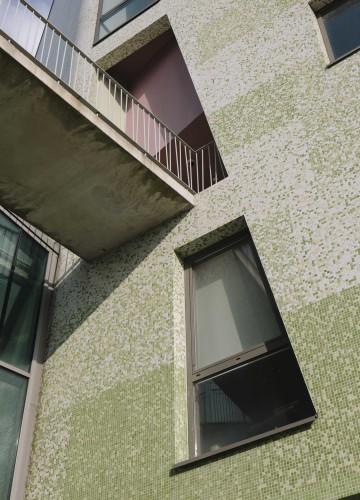 Anticamera Iguane Paris Building 19