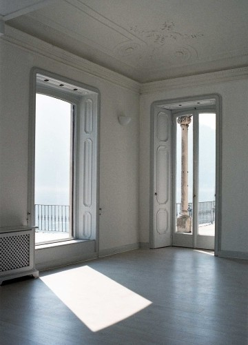 Anticamera Giglio NorthItaly Villa 02