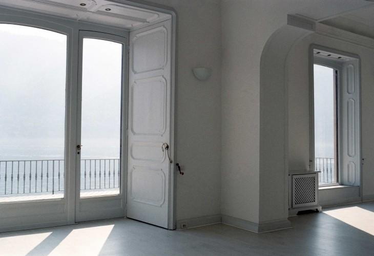 Anticamera Giglio NorthItaly Villa 03