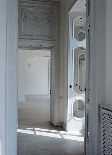 Anticamera Giglio NorthItaly Villa 07