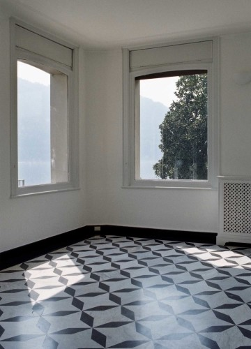 Anticamera Giglio NorthItaly Villa 15